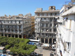 Abdelmalek Ramdane square (former Place des Victoires) - By Team nhəḍṛu
